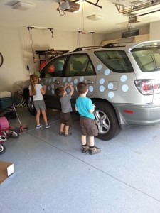 kids dots car